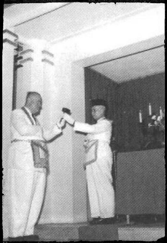 Ir. C.M.R. Davidson, Suhu Agung dari Tarekat Mason yang bekerja di bawah Timur Agung Belanda dan R.A.S Soemitro Kolopaking Poerbonegoro, Suhu Agung dari Timur Agung Indonesia, 7 April 1955