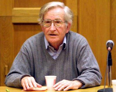 Noam Chomsky. (hizbut-tahrir.or.id)