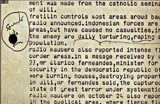 Ledekan diplomat Australia pada memo soal laporan perkosaan pasukan Indonesia saat konflik Timor Timur. | (The Age)