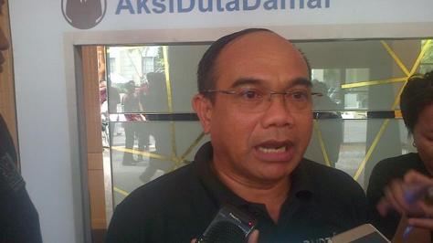 Deputi I BNPT, Mayjen TNI Abdul Rahman Kadir, saat memberikan keterangan terkait kegiatan Duta Damai Dunia Maya di Kota Medan, Sumatera Utara, Kamis (7/4/2016). — tribunnews medan