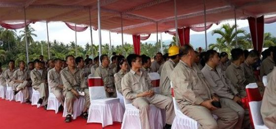 pekerja-cina-di-PLTU-Celukan-Bawang-eramuslim-595x279