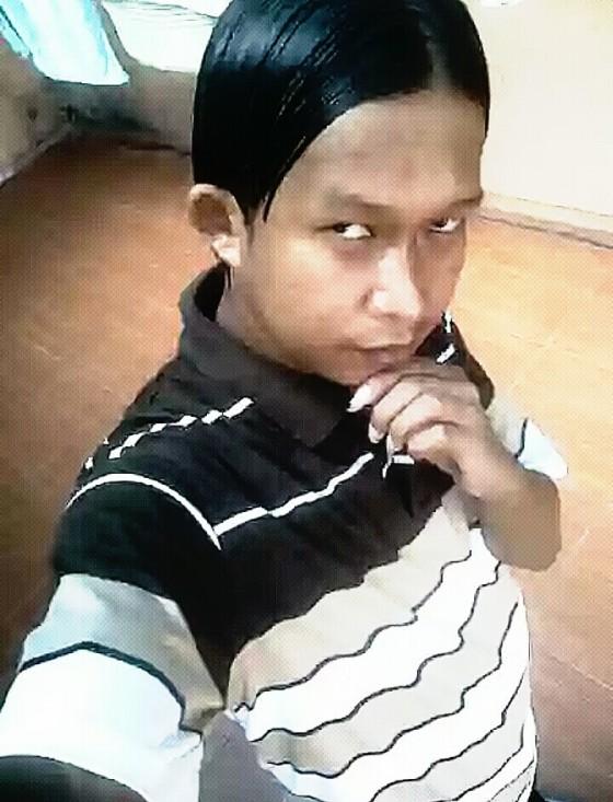 Suri Tauladan Cowok Narsis. (www.kwikku.com)