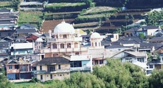 (Semarak masjid dan musholla di kawasan Dieng)