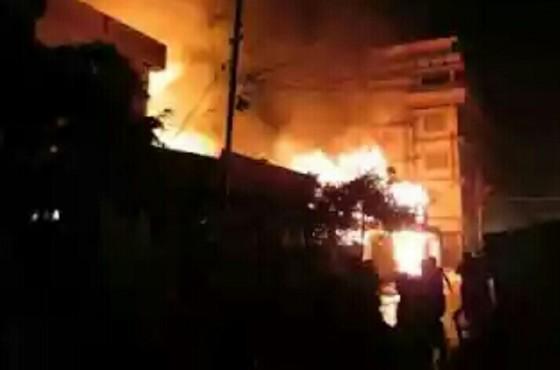 Pembakaran desa Muslim