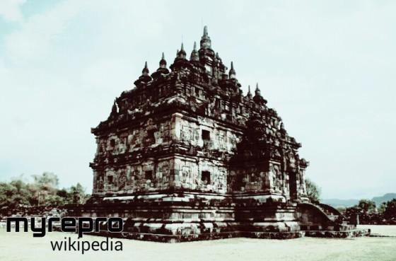 Salah satu candi Budha kembar utama Plaosan Lor, di Kecamatan Prambanan, Klaten, Jawa Tengah dari dinasti Sailendra abad ke-9 zaman Kerajaan Mataram Kuno.