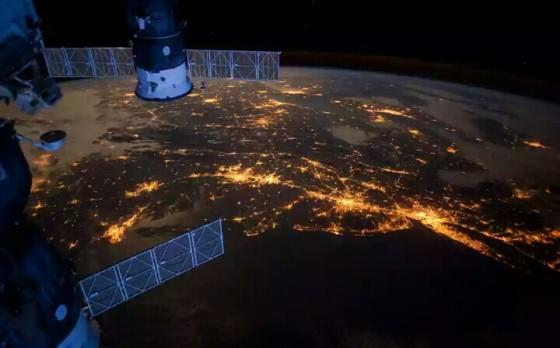 Amerika dan Laut Atlantik dilihat dari luar angkasa.