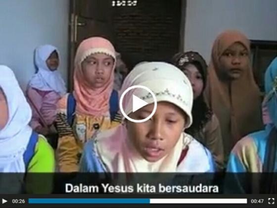 Klik gambar untuk melihat video.