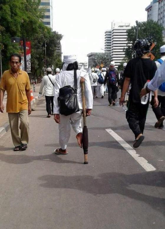 (Ijinkan kaki ini melangkah ke surgaMu Ya Allah.....) Foto: yesmuslim