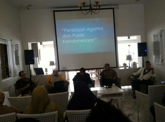 Farid Wajdi : Pembenturan Kebhinekaan dan Islam (perspektif Agama)